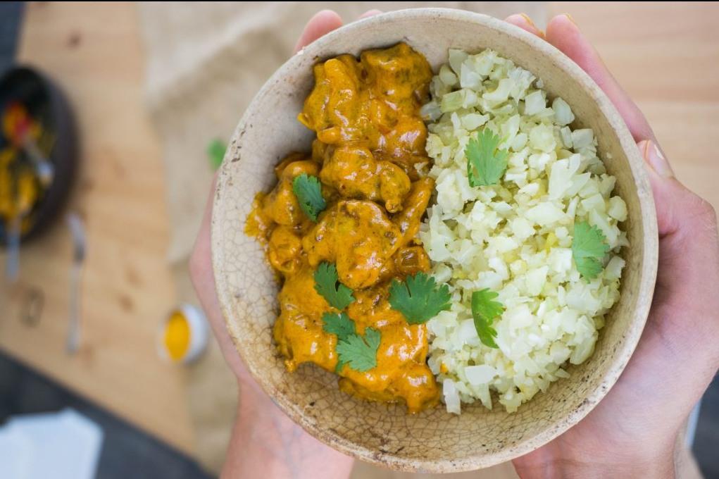 ketodieet recept voor koolhydraat arme Indiase boter kip